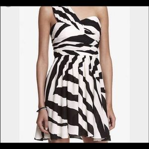 Express zebra one shoulder dress. NWT🔥🎉🙌🏼